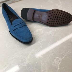 Tods gorgeous blue suede loafers.